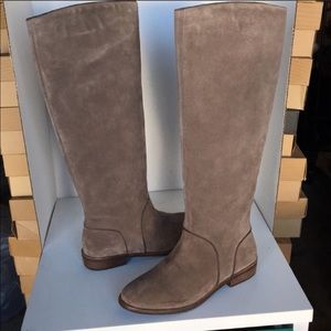 🥰New Ugg Gracen Suede Mouse color tall boot Sz 11